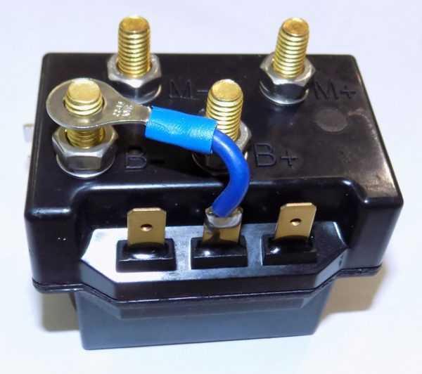 Блок управления лебедкой 13614250120 купить по цене 3766 руб.